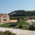 Villa CRU agriturismo nelle Marche con piscina